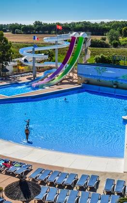 Camping sud France piscine à vague