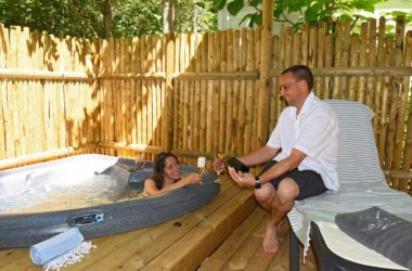 mobil home avec jacuzzi privatif